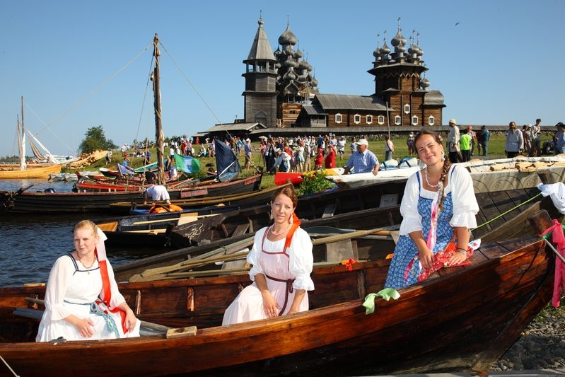 "Festival of Traditional Shipbuilding ""Kizhi Regatta"" 2"